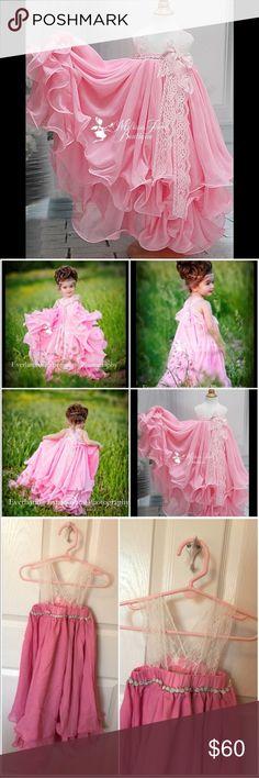 Beautiful little girl dress 4-5 yrs old brand new!  Dresses