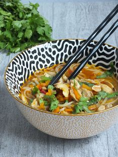 Batch Cooking, Cooking Recipes, Bouillon Thai, Vegetarian Recipes, Healthy Recipes, Salty Foods, Asian Recipes, Ethnic Recipes, Savoury Dishes