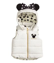 Padded gilet with a detachable, lined hood with appliqués, zip down the front and a small fabric appliqué at the top. Fashion Kids, Baby Girl Fashion, Disney Baby Clothes, Baby Disney, Minnie Mouse Clothes, Toddler Girl Outfits, Kids Outfits, Newborn Outfits, Baby Girl Sweaters
