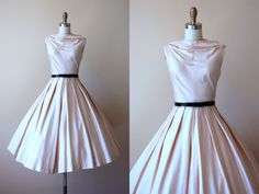 50s Dress - Vintage 1950s Dress - Elegant Polished Bone Ivory Cotton Tea Length Sundress S M - Rare Earth Dress by jumblelaya on Etsy