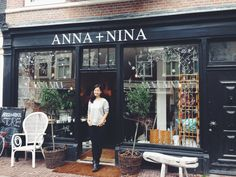 Really enjoyed drawing on the windows of ANNA+NINA today! The whimsical store is all set for fall with loads of squirrels, stars and leafs floating around. See pictures here: https://www.facebook.com/hyshilthedrawinggirl