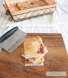 Brown Butter Rhubarb Cookie Bars ... with a beer pairing?!?  get out!  this site is great!