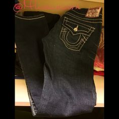 Original True Religion Denim Jeans ⛩ Size 26 which is compatible to anUS woman's size 2 small denim jeans , has diamond button and jeans we were worn one time , and collecting space , mint confusion on practically new if it wasn't used the one time to run out , item comes with no tags , but they are comfy and super cute and who doesn't love True Religion ? ✨ True Religion Jeans Straight Leg