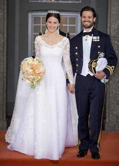 Sofia Hellqvist bröllopsklänning - Designad av Ida Sjöstedt