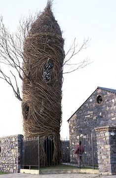 Patrick Dougherty. #Willow #Weaving #Art #Installation #Sculpture #Branch
