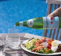 Try a taste of California with a chilled glass of S.Pellegrino paired with an elevated Cobb salad. Sweet, meaty lobster meets crisp greens and creamy avocado for a fresh take on a classic.  Explore dining coast to coast and find your guide to good taste with the S.Pellegrino Taste Guide.