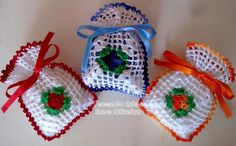 Tecendo Artes em Crochet: Sachês  da Filhota e Cup cake da amiga