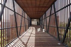 Golden Crust Bakery / Jackson Clements Burrows Architects