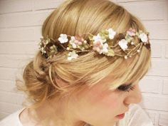 birds and fresia old pink and vintage green hydrangea crown