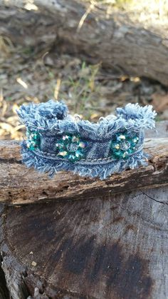 Frayed Denim Cuff Bracelet with Glass Rondelle Beaded Flowers and Dangling Charms Denim Bracelet, Fabric Bracelets, Fabric Jewelry, Beaded Jewelry, Cuff Bracelets, Bracelet Charms, Denim Crafts, Beaded Flowers, Jewelry Crafts