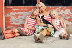 Mother daughters photography  Matilda Jane    Urban.... I want pics like this before my babies get too big!!