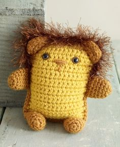 Cute lion pattern...think would make a good toy for the shelter animals