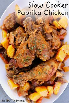 This Slow Cooker Chicken Paprika isn't your normal type of dump-it-in-the-crockpot recipe. Fall off the bone drumsticks, potatoes, carrots and a sour cream gravy - this recipe is PACKED with flavors a (Crockpot Chicken Gravy) Crock Pot Slow Cooker, Slow Cooker Recipes, Crockpot Recipes, Cooking Recipes, Healthy Recipes, Dump Recipes, Chicken Drumstick Recipes, Chicken Recipes, Paula Deen