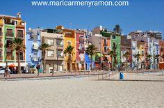 Hoy vamos a relajarnos por la playa de Villajoyosa 🏝  A sentir la arena, escuchar el mar...y cargar las pilas para empezar la semana a tope 💪💪