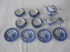 Children's Blue Willow dishes occupied Japan 1945-52