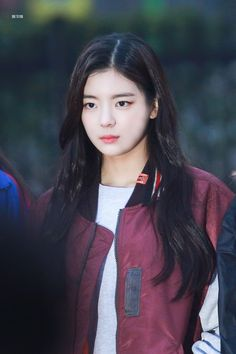 Image about yuna in Lia (itzy) 💓 by Stan ITZY Kpop Girl Groups, Korean Girl Groups, Kpop Girls, Rapper, Fandom, New Girl, Korean Singer, South Korean Girls, Summer Baby