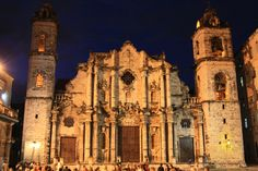 Catedral de la Habana, night