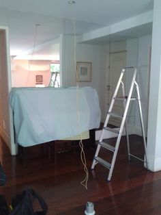 Contos do Gilson Eletricista: O cliente pediu para o eletricista deixar uma boa ...