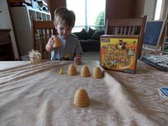 Bee Alert - preschool game working on memory skills and taking turns..sooo fun!