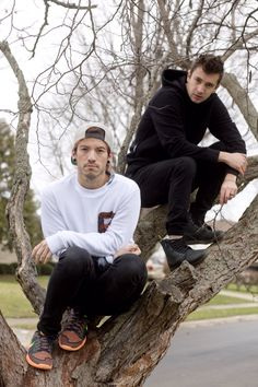 Josh Dun and Tyler Joseph<<<I know where you stand, silent in the trees