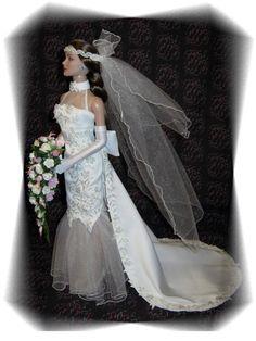 Collecting Fashion Dolls by Terri Gold Barbie Bridal, Barbie Wedding Dress, Barbie Gowns, Bridal Dresses, Wedding Gowns, Barbie Costume, Beautiful White Dresses, Bride Dolls, Bridal Boutique