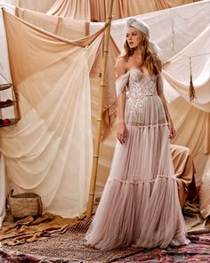 Stunning Wedding Dresses, Country Wedding Dresses, Boho Wedding Dress, Boho Dress, Lace Dress, Fabulous Dresses, Lace Wedding, Beach Dresses, Bridal Dresses