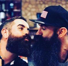 Beard Styles 533676624589402560 - bigbeardedfrenchman Source by moyssyan Hot Beards, Great Beards, Awesome Beards, Long Beard Styles, Hair And Beard Styles, Hairy Men, Bearded Men, Men Kissing, Cute Gay Couples