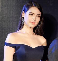 Ulzzang Fashion, Ulzzang Style, Thai Princess, Beauty Shots, Blackpink Jennie, Smile Face, Beauty Make Up, Woman Face, Asian Woman
