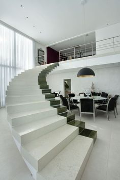 Check Out Modern Staircase Design For Your Home. Most modern staircase design is meticulously detailed, exposing all the working elements and eschewing trim, moldings, and other decoration. Interior Stairs, Interior Architecture, Modern Interior, Interior Designing, Escalier Design, Modern Stairs, Stair Steps, House Stairs, Staircase Design