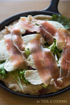 生ハムとベビーリーフのピザ|薪ストーブと料理