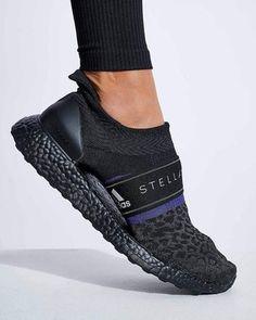 adidas x Stella McCartney | TruePace Long Leggings | The Sports Edit Fit Women, Women Wear, Adidas Canada, Running Tights, Stella Mccartney Adidas, Workout Leggings, Body Measurements, Black Leggings, Sports