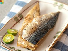 Easy baked mackerel - just olive oil, salt, pepper and bake. Ryan caught some Mackerel this morning, so this is how I shall prepare them! Cooking Mackerel, Mackerel Fish, Saba Fish Recipe, Saba Recipe, Fish Dishes, Seafood Dishes, Seafood Recipes, Mackeral Recipes, Pisces
