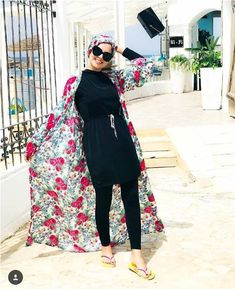 Summer break is already here, which means it's time to start shopping for your swimwear and to enjoy the sea and the sun. Burkini swimsuits feature a lot of Hijab Fashion Summer, Muslim Fashion, Modest Fashion, Islamic Fashion, Summer Outfits, Girl Outfits, Fashion Outfits, Beach Outfits, Hijab Style Tutorial