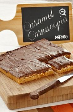 Nutty Nougat Caramel Bites (can you say YUM) Nestle Chocolate, Chocolate Recipes, Yummy Treats, Delicious Desserts, Yummy Food, How To Make Cookies, Food To Make, Cookie Recipes, Dessert Recipes