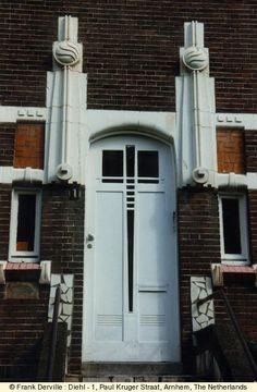 ARNHEM, Netherlands, Diehl - 1, Paul Kruger Straat | Art Nouveau Doorway Entrance | Frank Derville, photographer