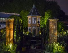 Thank you for these images of The RHS Chelsea Harrods British Eccentrics Garden @gavriil