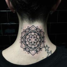 Today i tattooed this lovely Babe ❤️ @louisegadretdlt   #misssita #misssitatattoo #oneoninetattoo #btattooing #linework #TTTism #girlwithtattoos #dotworktattoo #mandala #darkartists #blacktattooart #blxckink #blacktattoomag #onlyblackart #blackwork #tattoobarcelona #tattoolookbook #inkstinctsubmission #Tattooful #iblackwork #flashworkers #flashaddicted #theartoftattoos #tradworkers #tradworkerssubmission  (presso Oneonine Barcelona)