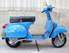 I had a VESPA that looked just like this one Piaggio Vespa, Lambretta Scooter, Vespa Scooters, Vespa 200, Scooter Garage, Scooter Bike, Vespa Retro, Vintage Vespa, Miniatur Motor