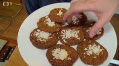 Ovesné cookies — Kluci v akci — Česká televize Muffin, Breakfast, Food, Morning Coffee, Essen, Muffins, Meals, Cupcakes, Yemek