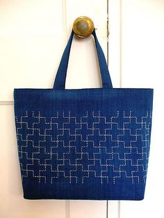 pattern: Jujitsunagi (linked '10' crosses)