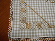 Risultati immagini per bordado em toalha xadrez