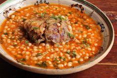 Romanian Food, Chana Masala, Good Food, Beans, Cooking, Ethnic Recipes, Travel, Women's Fashion, Viajes