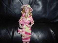 Handmade fashion Tonner Revlon 13 Simone by Cappycreativecrochet