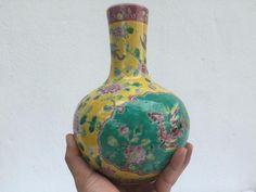 FINE ART CERAMIC 220mm Yellow Vase Baba Nyonya Chinese Porcelain Pot Jar