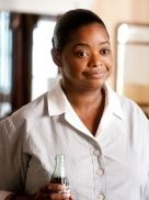 Octavia Spencer is up for an Oscar tomorrow because of her great perfomance in The Help! Jessica Chastain, Mississippi, Octavia Spencer, Golden Globe Award, About Time Movie, Academy Awards, Auburn, Picture Photo, Rpg