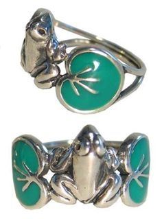 Frog ring i want this!!