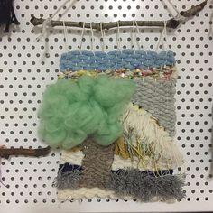 담장옆 뭉게구름나무 😋🤗🐾😻#위빙#위빙타피스트리#광주위빙#광주위빙공방#워빙유#위빙유위빙팩도리#취미위빙#클래스문의#네이버블로그위빙유검색#weaving #weavingtechniques #위빙유#weavingtapestry #wallhanging #handmade#webeingU#제품문의 #