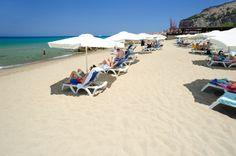 BEACHES OF CEFALU_spiaggia-privata-lungomare-cefalu
