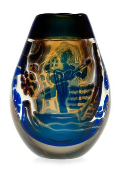 An Edvin Öhrström 'ariel' glass vase, Orrefors 1969. Height 19 cm.