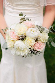 Gorgeous bouquet! Lisa Dawn Photography